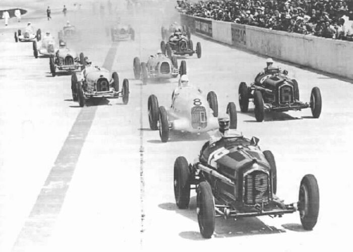 Old-style motor sports. : Photo