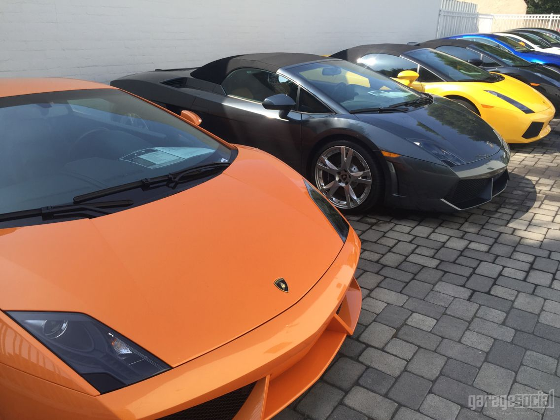 Which one would you choose? #lamborghini #losangeles #lacars #garagesocial