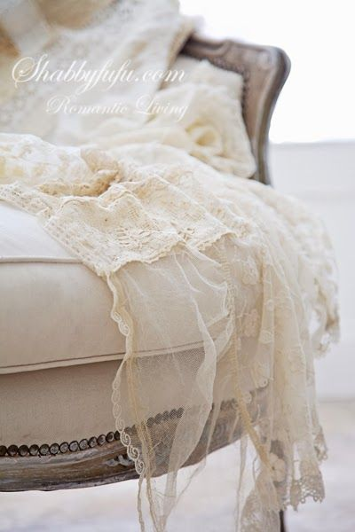 Antique, French lace, love it~❥