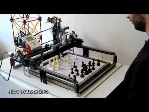 Lego Mindstorms NXT 2.0 - Chess playing robot - Charlie - YouTube