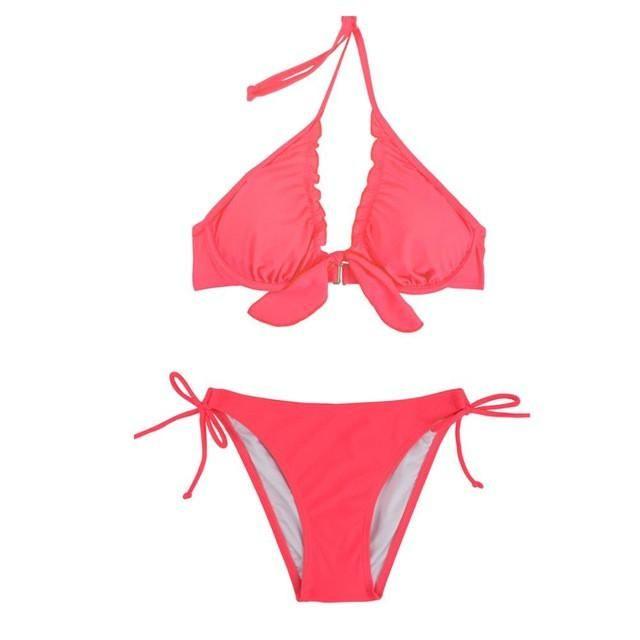 Photos of girls in ruched bikinis foto