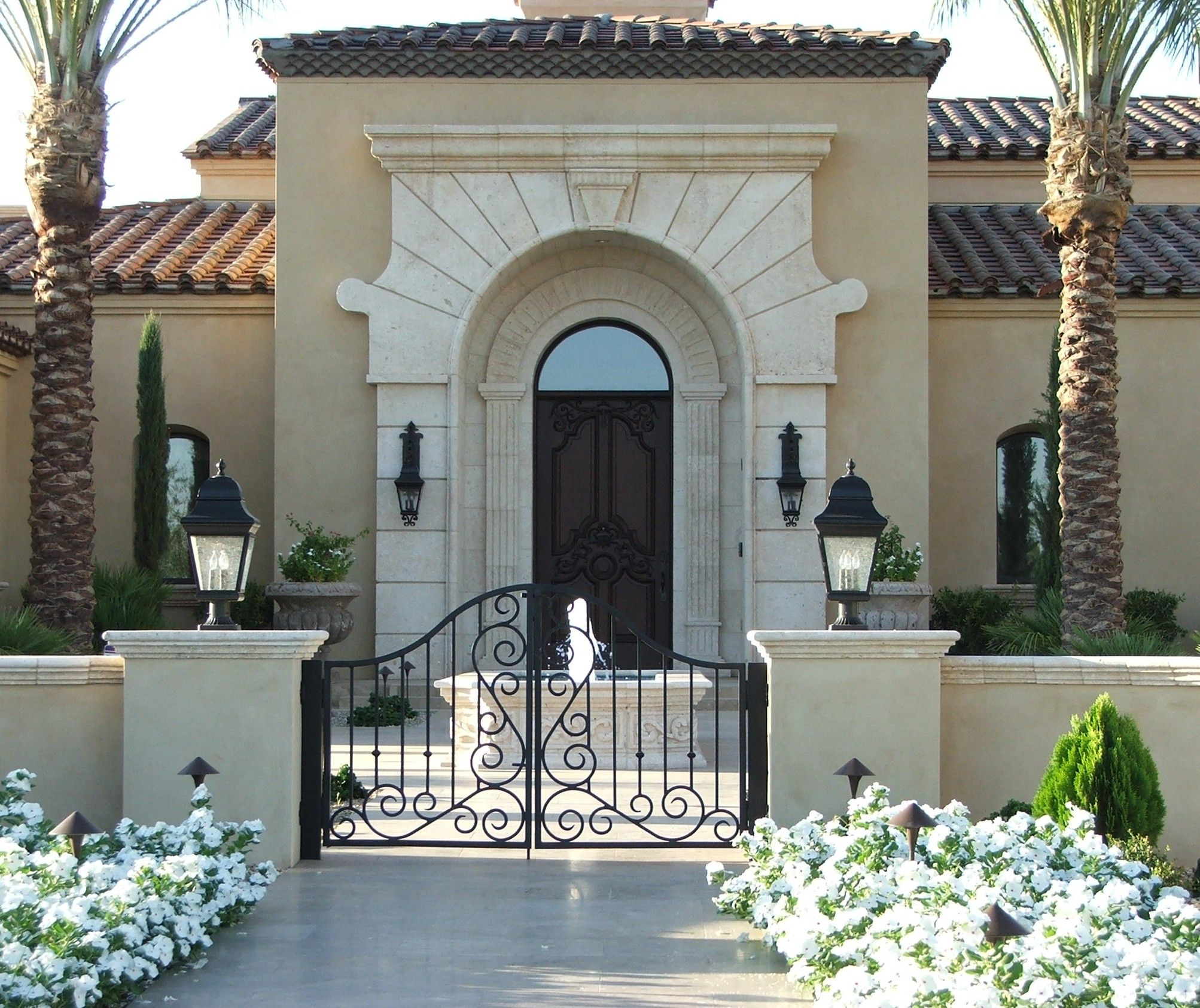 Luxury Homes Luxury Waterfront Homes In Gilbert Chandler Tempe Scottsdale And