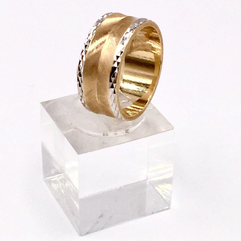 ⭐️ SALE ⭐️ Vintage ArtCarved Ring (6.3 grams) Only 240