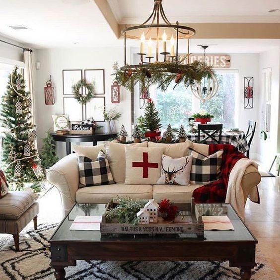 Christmas Living Room Decor Ideas To Make Your Home Look Christmassy Blurmark Christmas Decorations Living Room Farmhouse Christmas Decor Indoor Christmas Decorations