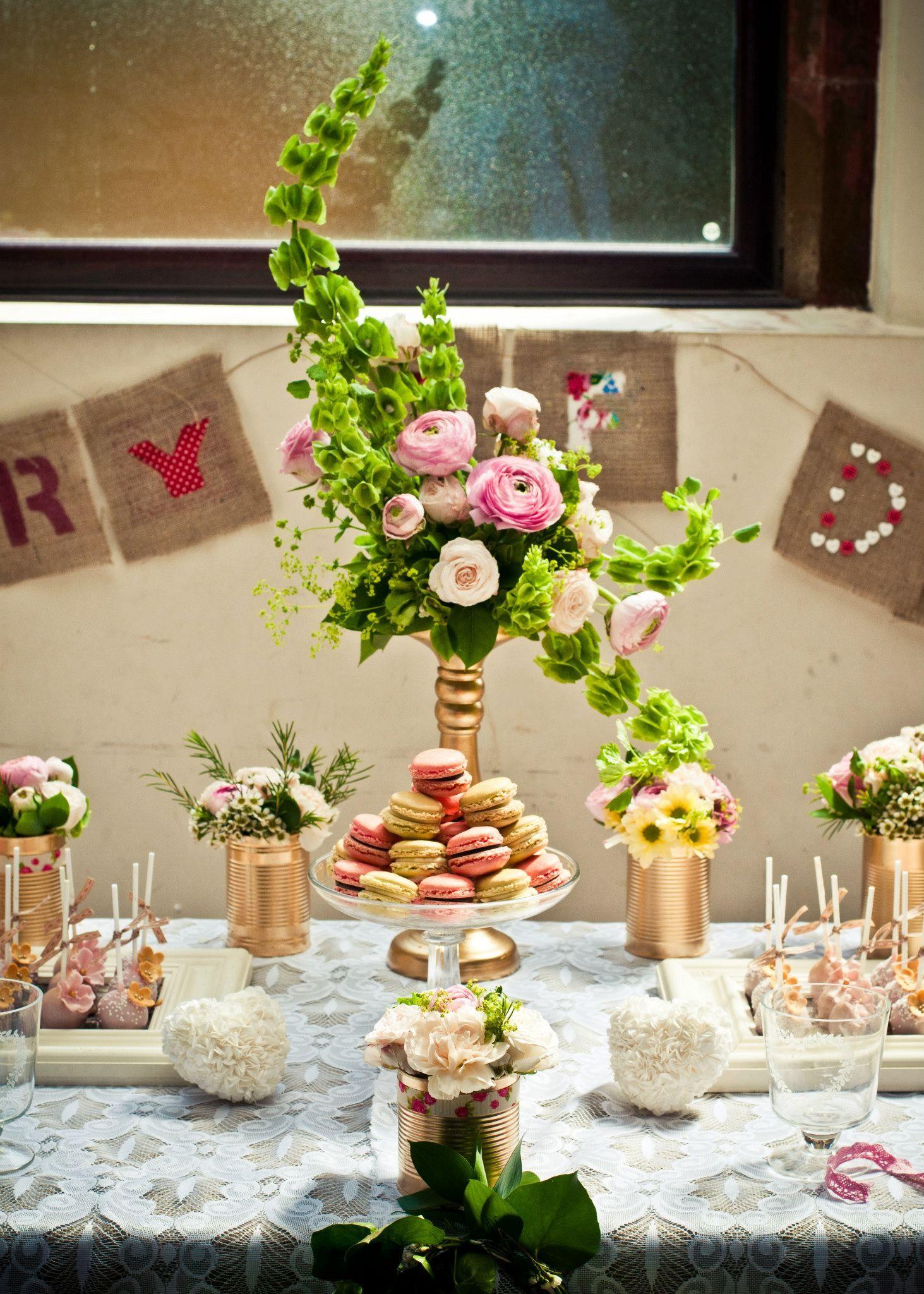 Hogarth curve floral display, macarons, cake pops & hand ...