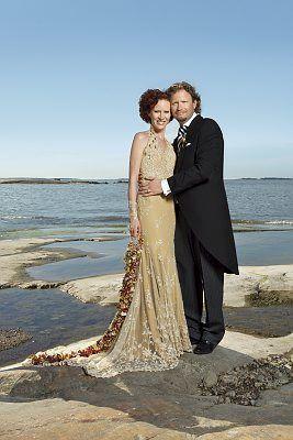 Saimi And Thomas Hoyer Wedding Dress Designerd By Jukka Rintala Photo Lauri Eriksson