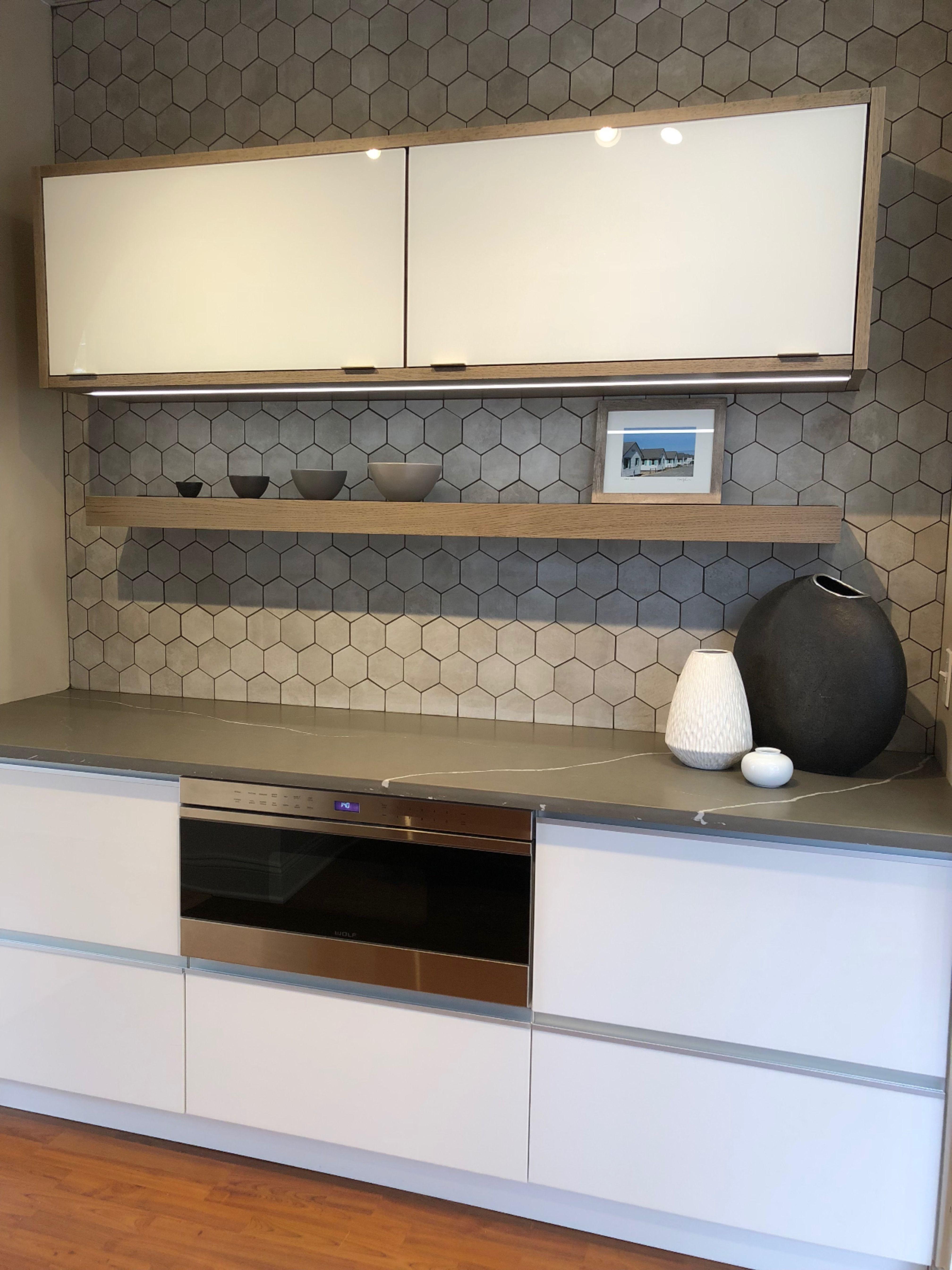 Contemporary Display In 2020 Kitchen Design Showrooms Kitchen Inspiration Design Semi Custom Kitchen Cabinets