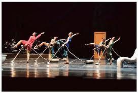 Mats Ek Appartement How To Enjoy Housekeeping Dance