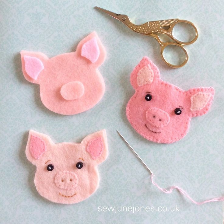 Felt PDF sewing pattern pig brooch key chain ornament  Felt PDF sewing pattern pig brooch keychain ornament