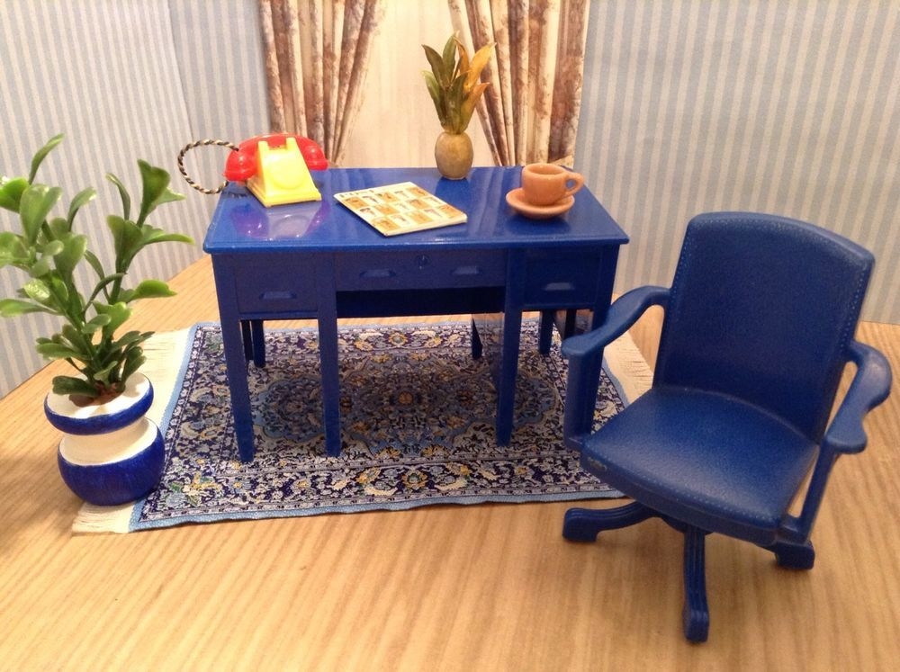 PLASCO ROSE SIDE TABLES Vintage Dollhouse Furniture Miniature