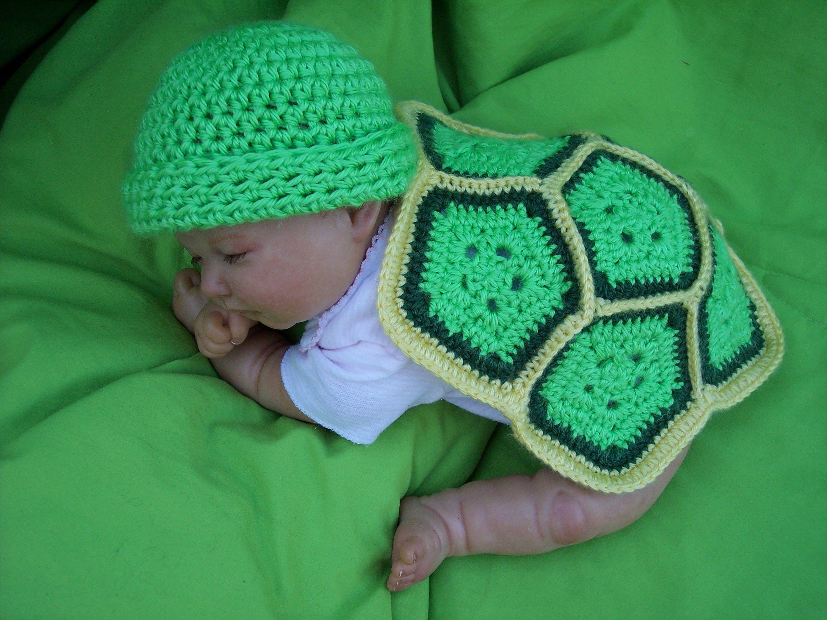 Free Newborn/Preemie Crochet Turtle Pattern   photography props ...