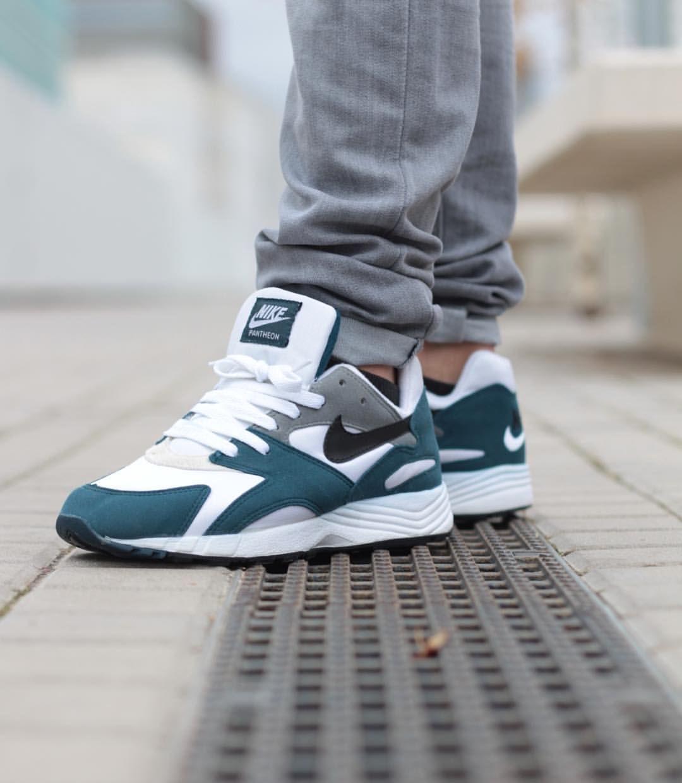 best loved 1f3e2 927ec Nike Pantheon  LoL in 2019  Pinterest  Sneaker boots, Sneake