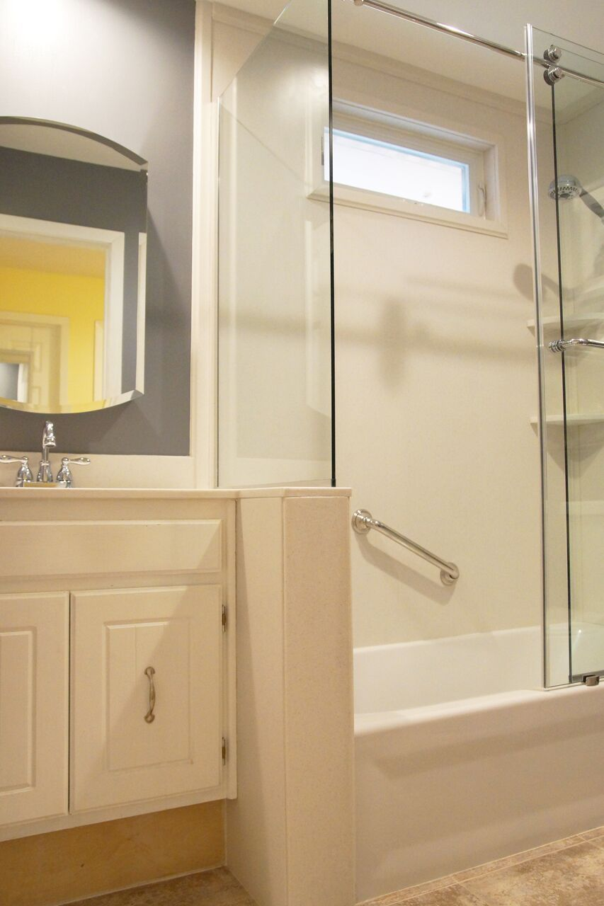 Clear Choice Bath S Mission Is To Provide On Time Solution To People No Matter What Their Status Is Clear Cho Bathrooms Remodel Remodel Remodeling Contractors