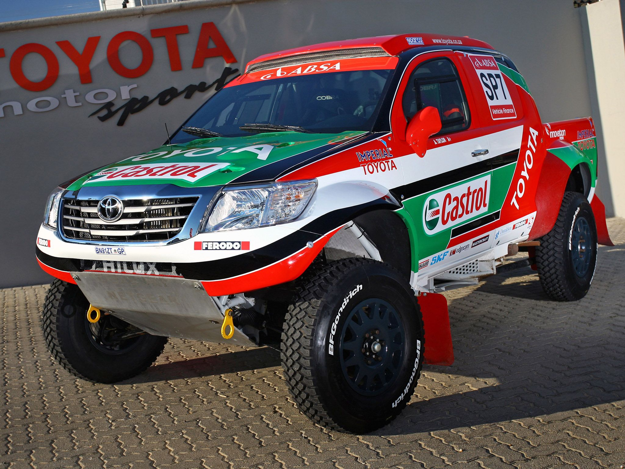 Toyota Hilux Rally cars | Toyota hilux | Pinterest | Rally car ...