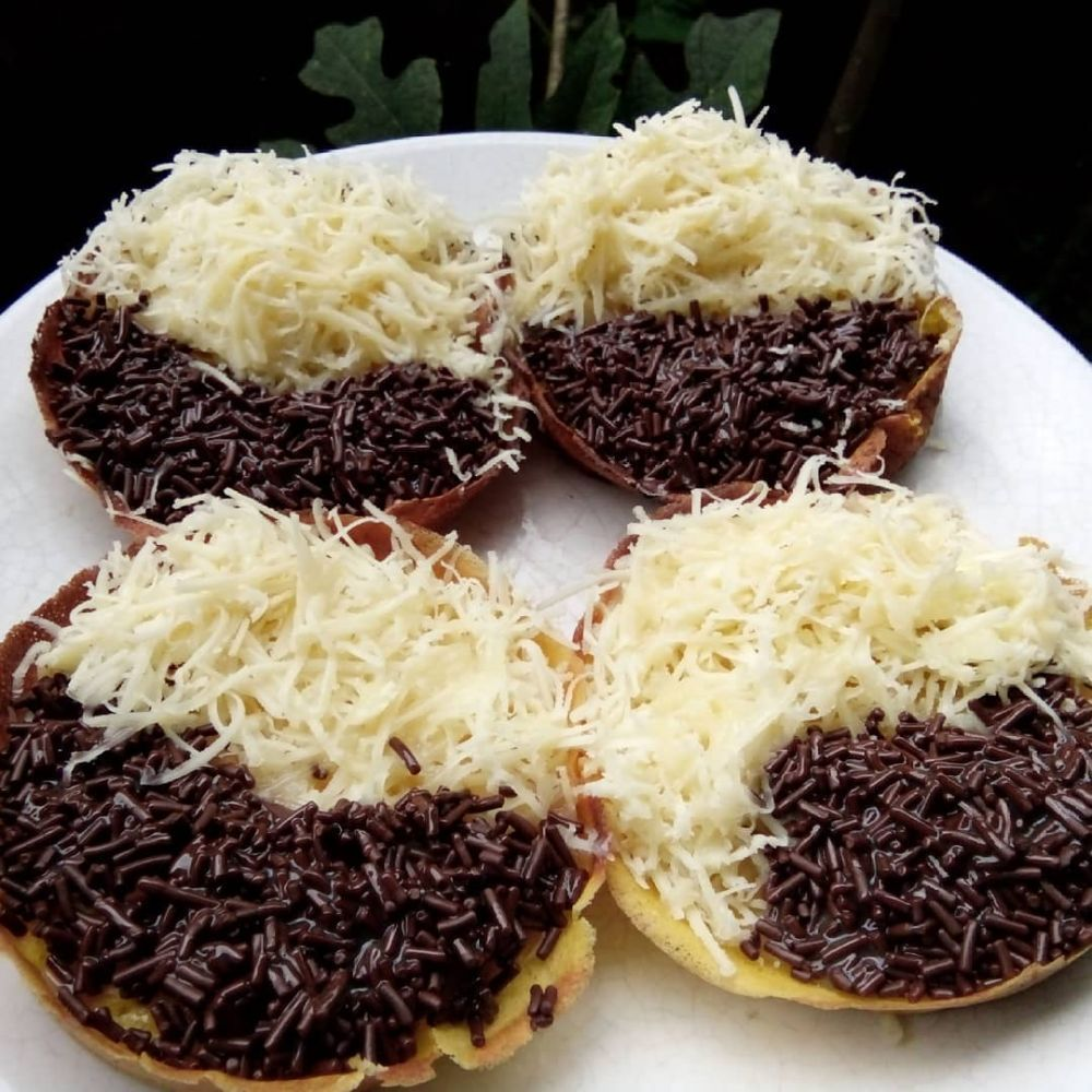 18 Resep Martabak Manis Enak Lembut Dan Praktis Instagram Resep Makanan Ringan Manis Ide Makanan