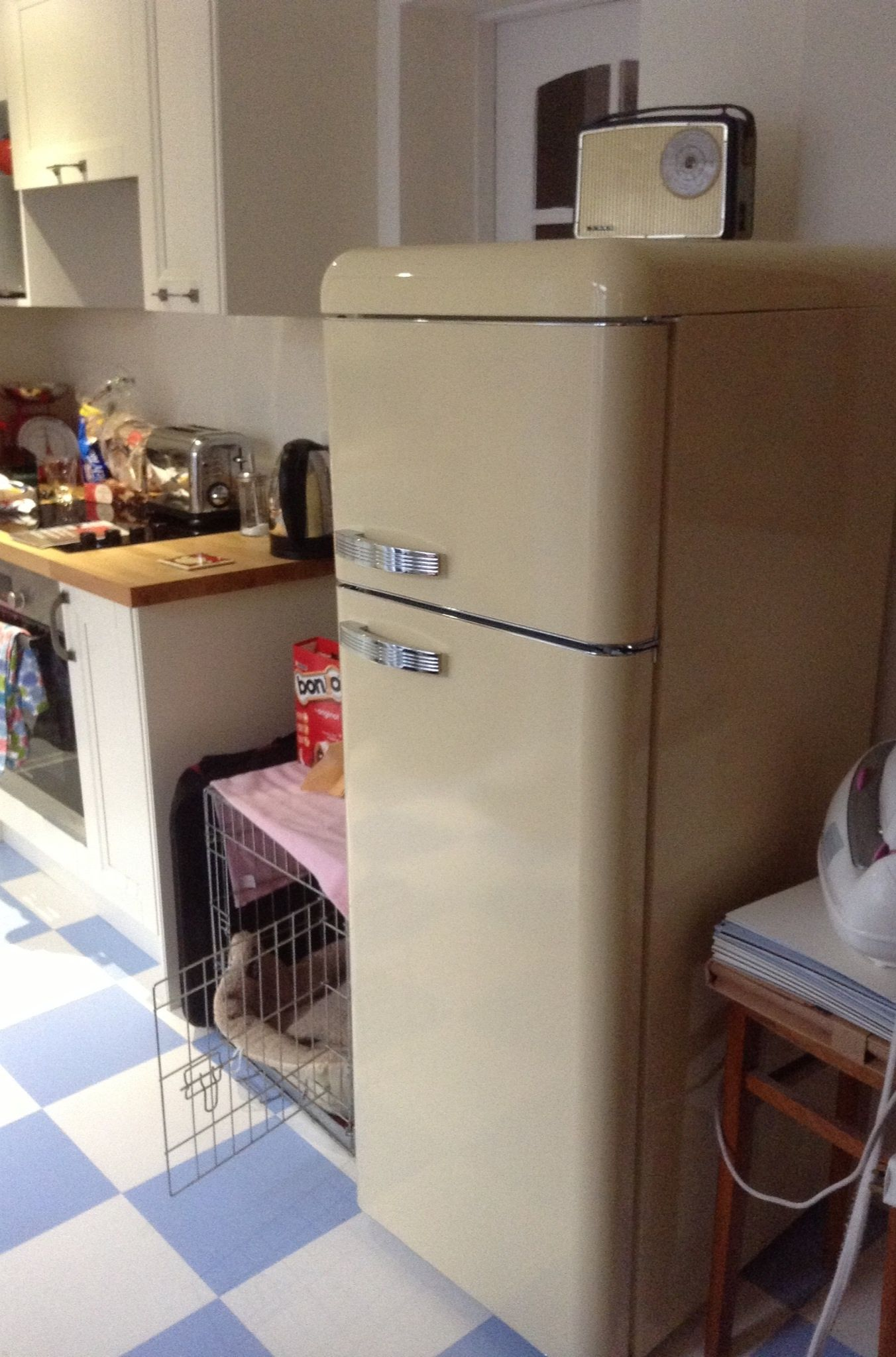 Uncategorized Bush Kitchen Appliances classic cream 50s style retro fridge home sweet swan freezer