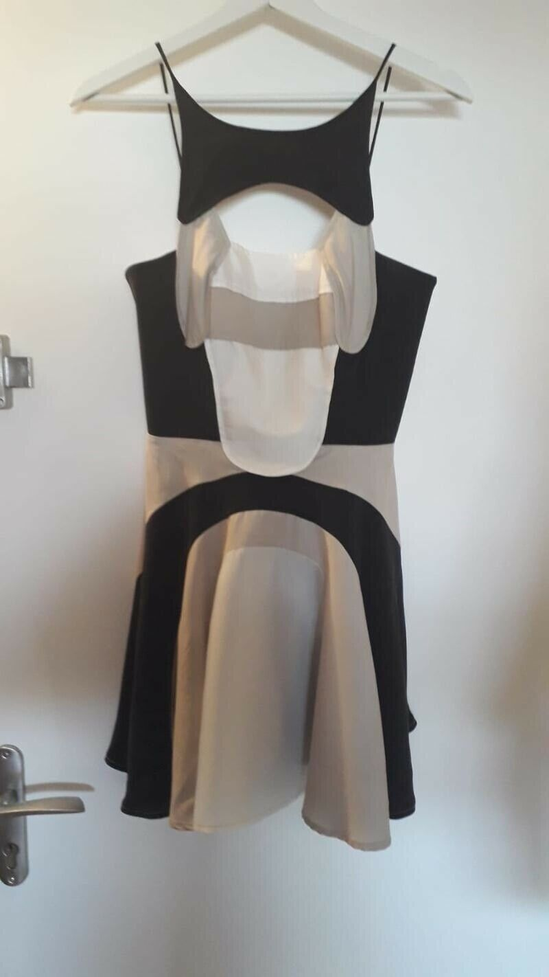 Robe Alice Mc Call Taille 40 France Occasion Noire Beige Blanc Robe Idees De Robe Robe Mode Robe Robe Noire Mode