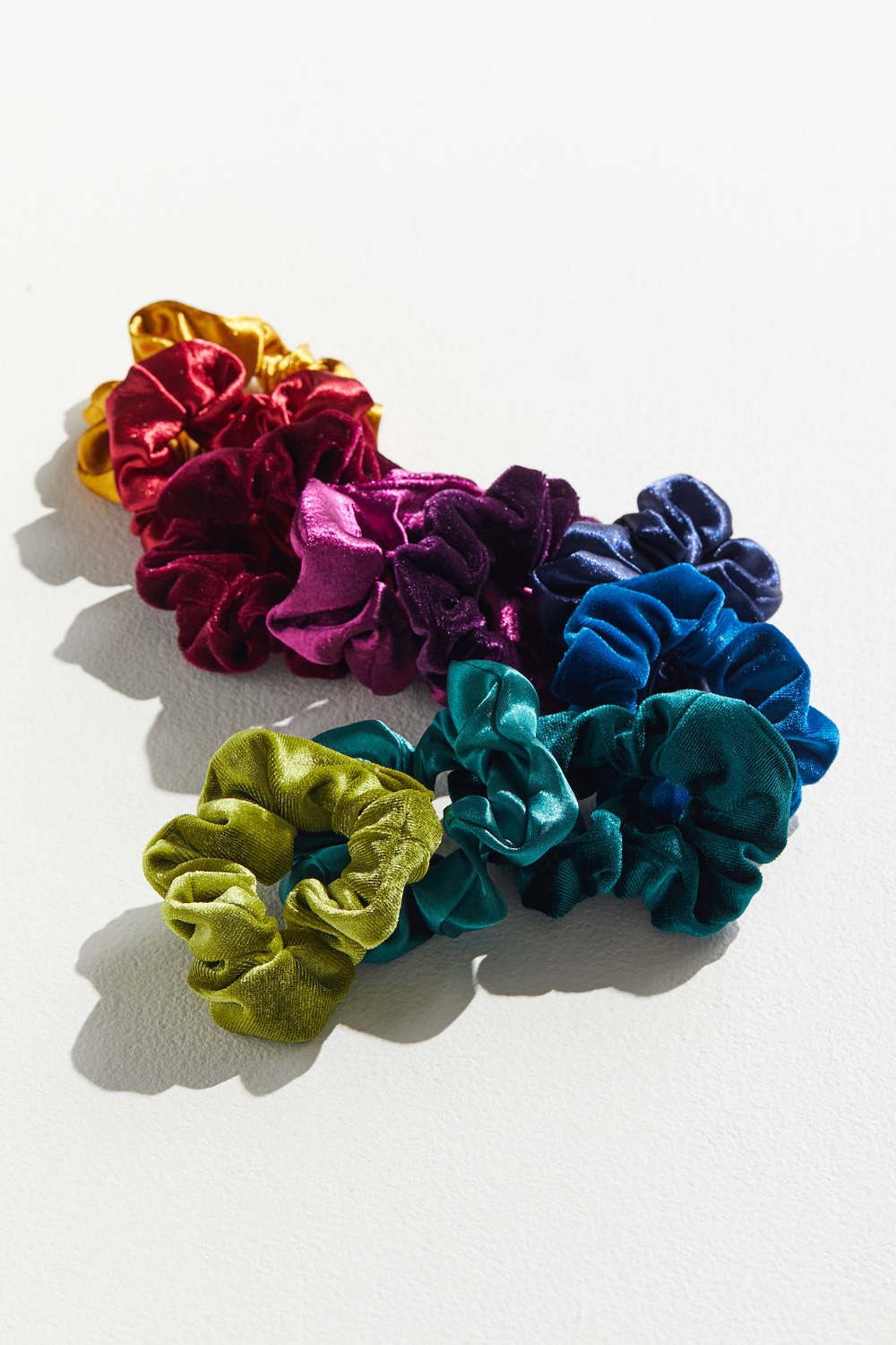 Urban Outfitters Perfect 10 Scrunchie Set in 2020