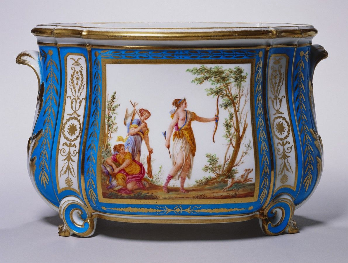 Sévres Porcelain (France) — Cuvette Courteille, 1787 : Royal Collection Trust, Her Majesty Queen Elizabeth II, UK (1191x900)