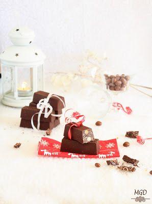 Turrón de chocolate con conguitos y nutella