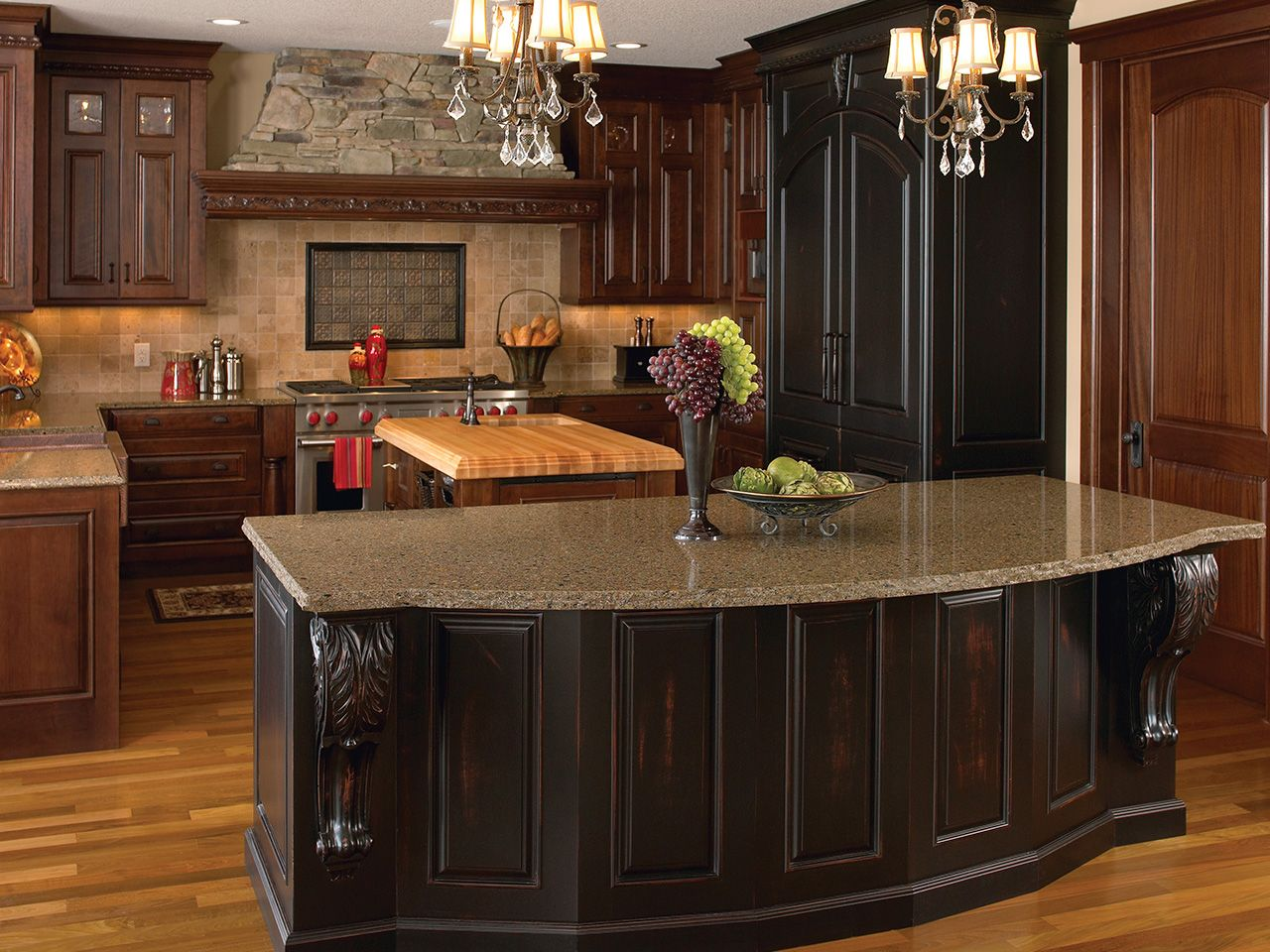 Captivating How To Choose The Best Kitchen Countertops For Your Cincinnati Home Remodel.
