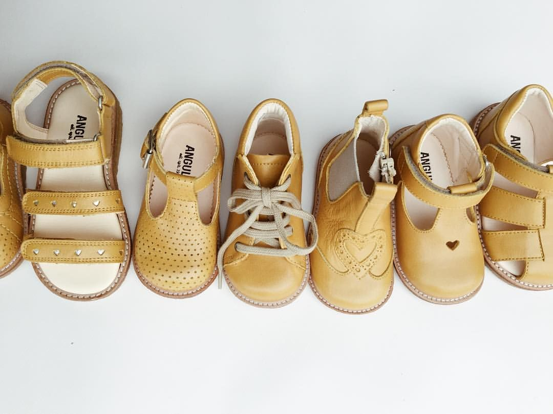Waiting for summer 🐥   Kids shoes near