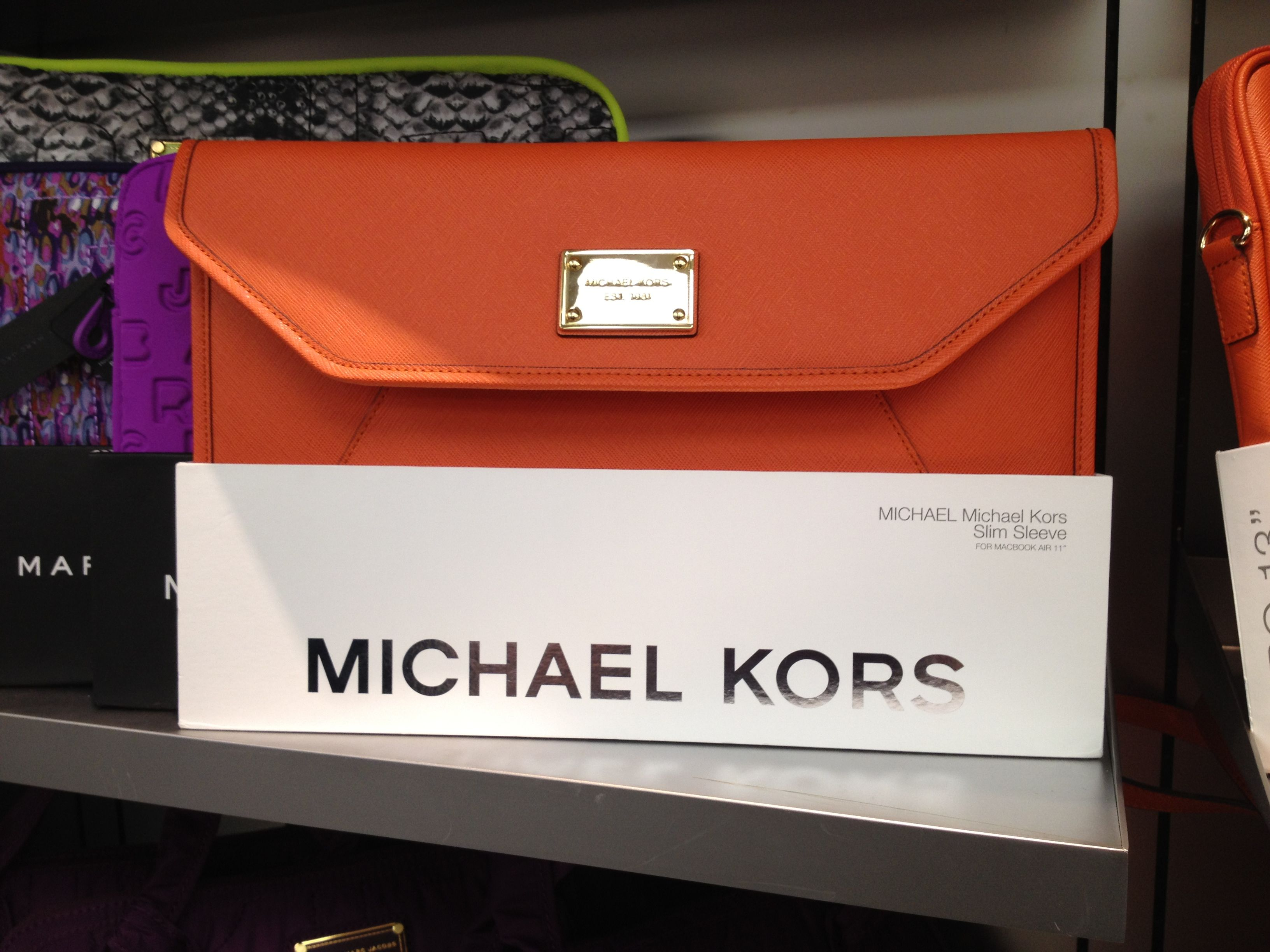 Michael kors macbook air case and i don 39 t even have a for Housse macbook 13