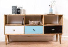 meuble tv design scandinave un petit look vintage scandinave pour ce buffet bas il offre un bel
