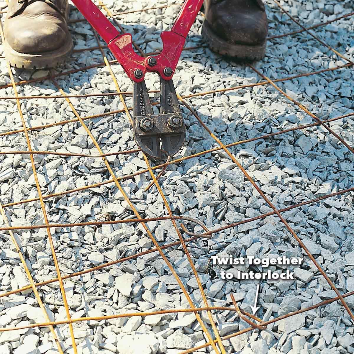 How To Pour A Concrete Sidewalk Concrete Concrete Driveways Concrete Mesh
