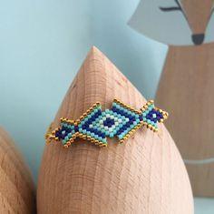 Le produit Bracelet motif Osiris tissé en délicas Miuki est vendu par My-French-Touch dans notre boutique Tictail.  Tictail vous permet de créer gratuitement en ligne une boutique de toute beauté sur tictail.com