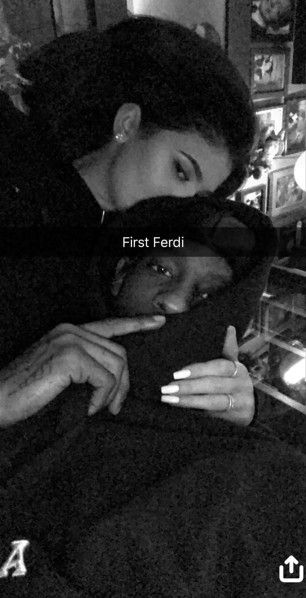 Kylie Jenner and Boyfriend Travis Scott Cuddle Up in Rare PDA-Filled Pic