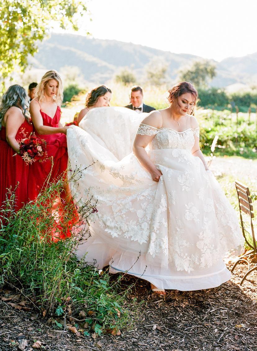 Glamorous Floral Red Wedding At A Luxury California Estate Modwedding Modest Wedding Dresses Wedding Dresses Vintage Ball Gown Wedding Dress [ 1130 x 828 Pixel ]