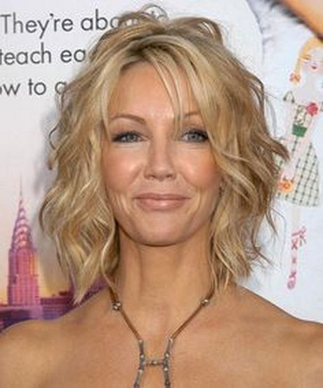 hairstyles for curly thin hair | Short hairstyles for wavy fine hair ...