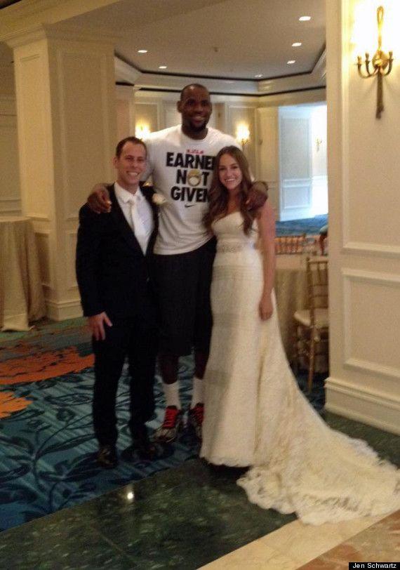 Lebron Surprises A Wedding Wedding Photography Poses Unique Lebron James Wedding Wedding Photos Poses