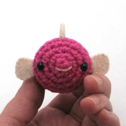 Free Crochet Pattern: Baby Pufferfish by NeedleNoodles.com | free ...