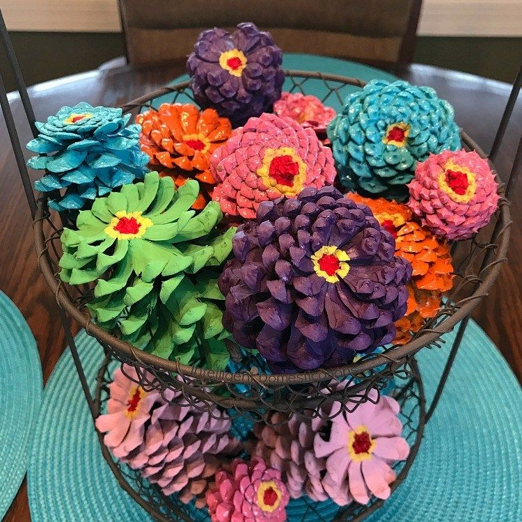Painted Pine Cones Spring Decor #pineconeflowers