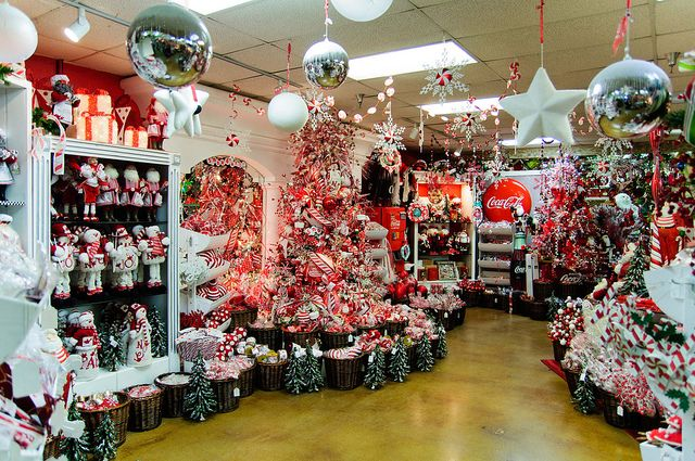 Texas Largest Christmas Store Fun Christmas Decorations Large Christmas Decorations Storing Christmas Decorations