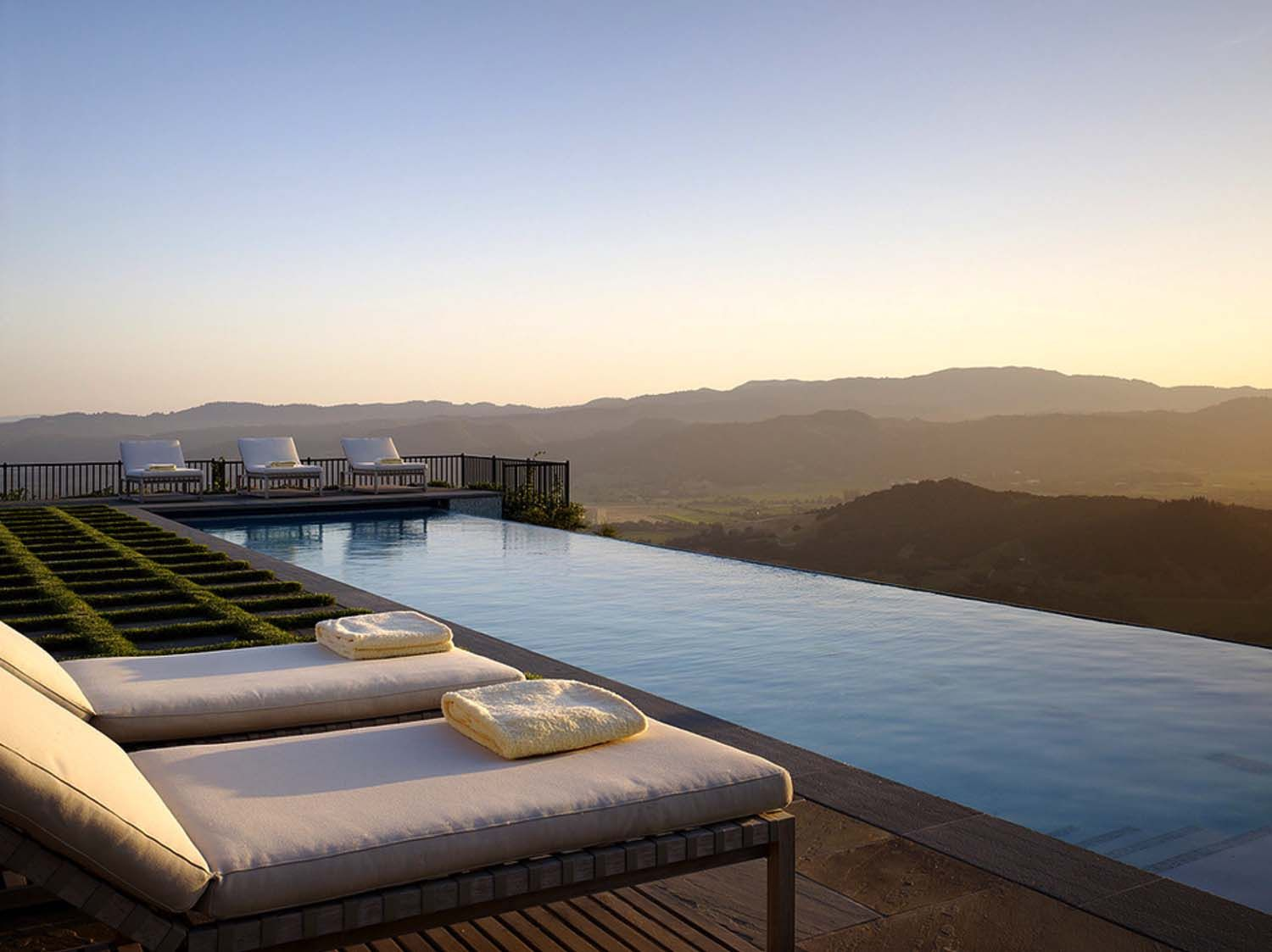 40 absolutely spectacular infinity edge pools. Interior Design Ideas. Home Design Ideas