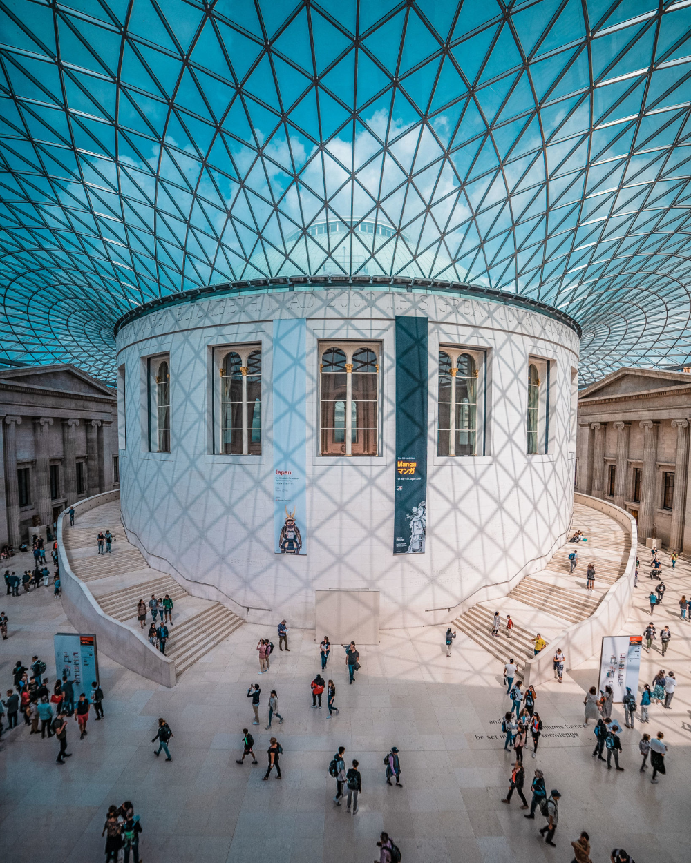 Take a Virtual Tour of These Museums Any Time Exploring