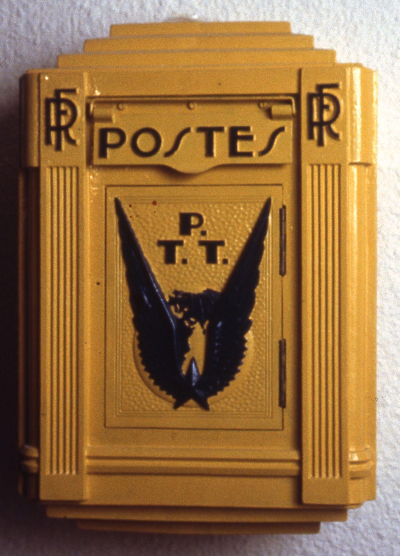 bo te aux lettres foulon pour la poste a rienne 1932 l 39 adresse mus e de la poste la poste. Black Bedroom Furniture Sets. Home Design Ideas