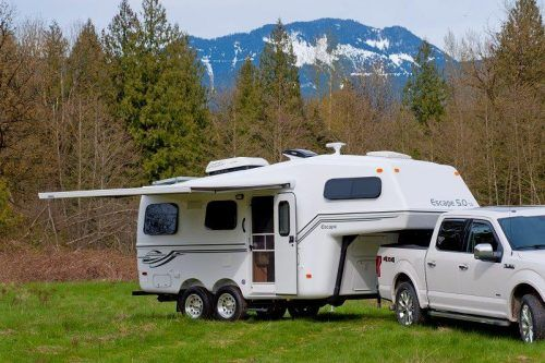 Escape 5 0 Lightweight Fifth Wheel Trailer Escape Trailer Camping Trailer Fifth Wheel Trailers Camper Trailers
