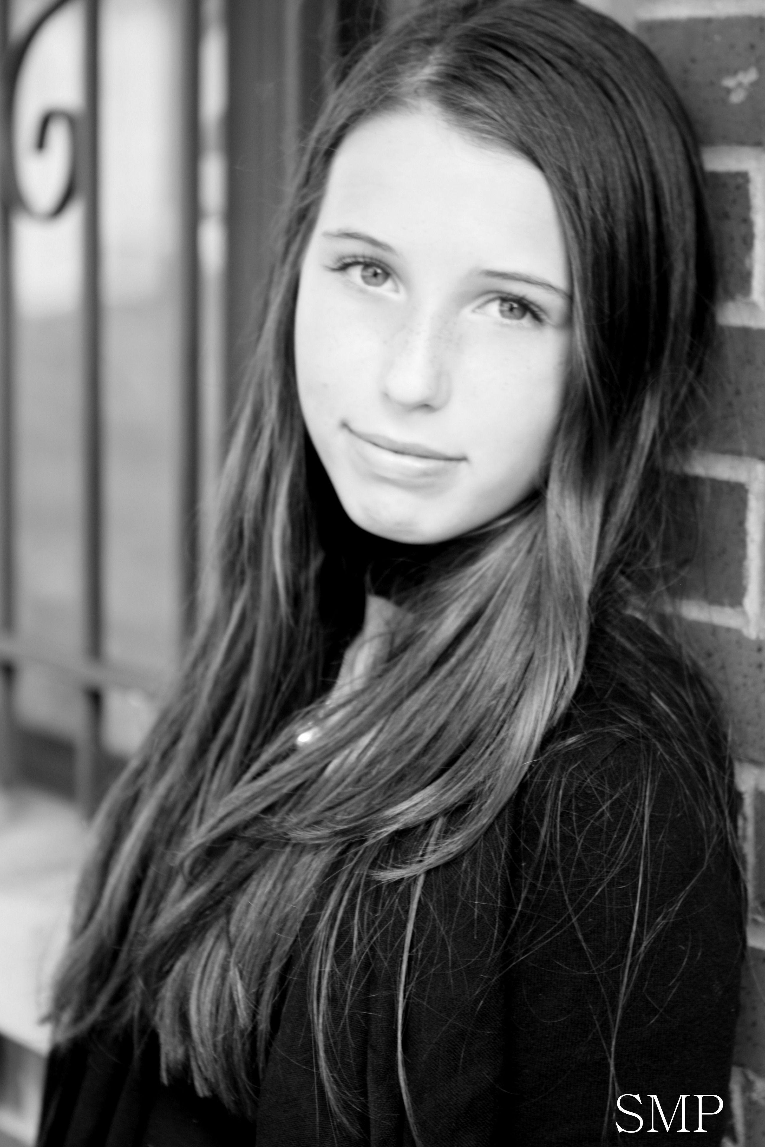 Photo original teen girl portrait — pic 5