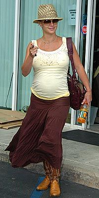 Pregnant Celebrities - Pregnant Elsa Hosk Out and About in