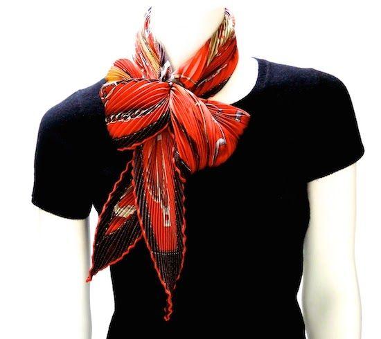 02e832dd0c37 MaiTai s Picture Book  Classique Grande scarf ring with Hermès Plissé in a  Twist Wrap