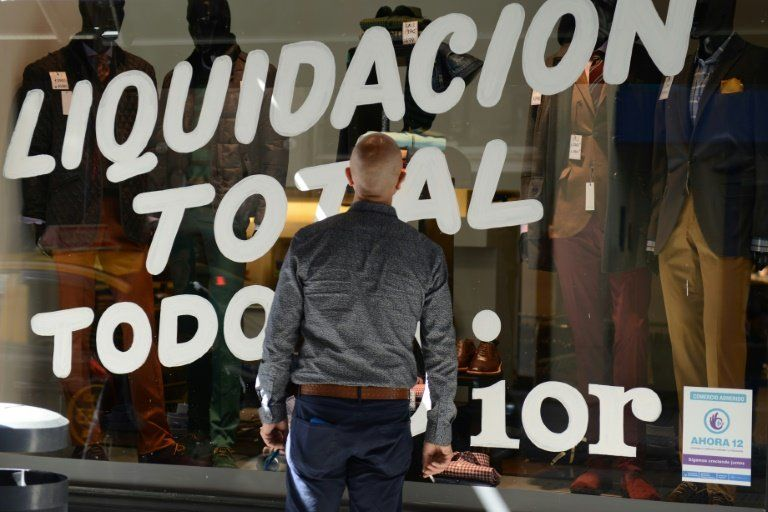 Argentine voters shrug shoulders at chronic inflation