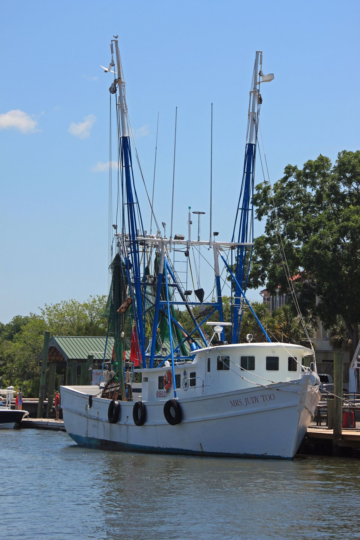 Miss judy too is a photo of a shrimper i found on shem for Ocean fishing oregon