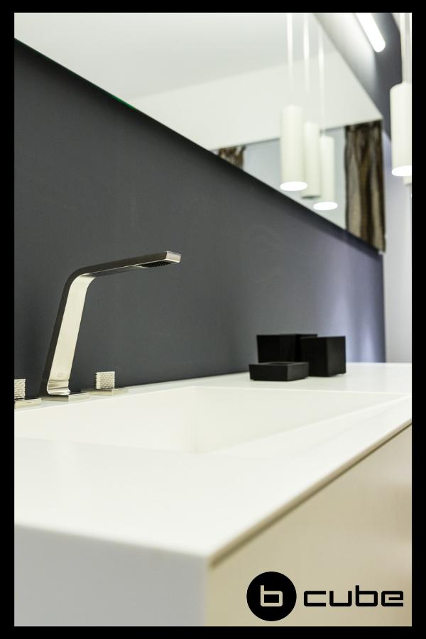 Auf Der Suche Nach Dem Badezimmer Eurer Traume Lasst Euch In Unserem Webshop Inspirieren Findet Perfekt Badezimmer Badezimmer Design