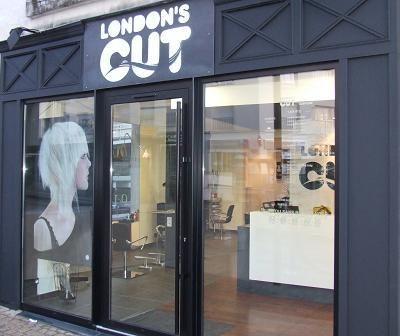 Epingle Sur Salons De Coiffure Sur Hairmaps
