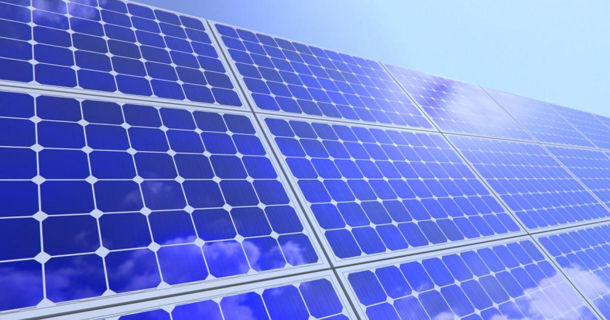 100 Watt Portable Folding Solar Panel 12v Battery Charger Solar Panels Best Solar Panels Solar Panels For Home