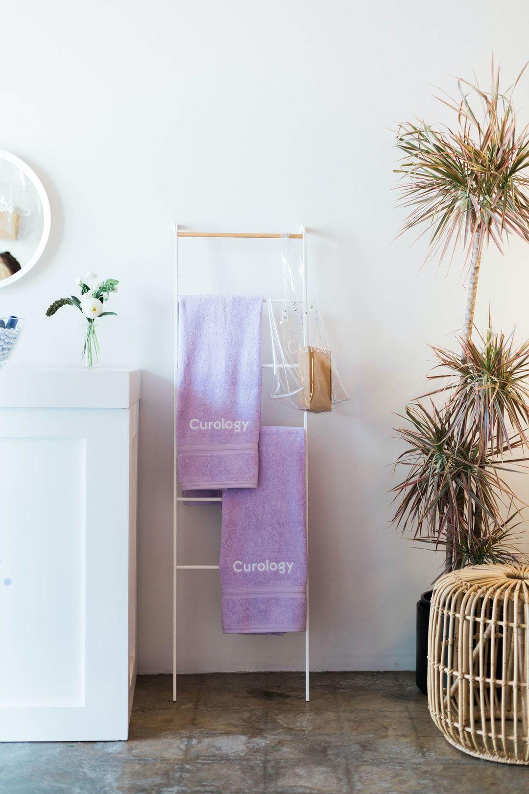 Photo of Modernes Bauernhaus Badezimmer umgestalten enthüllen |  White Cottage Home & Living